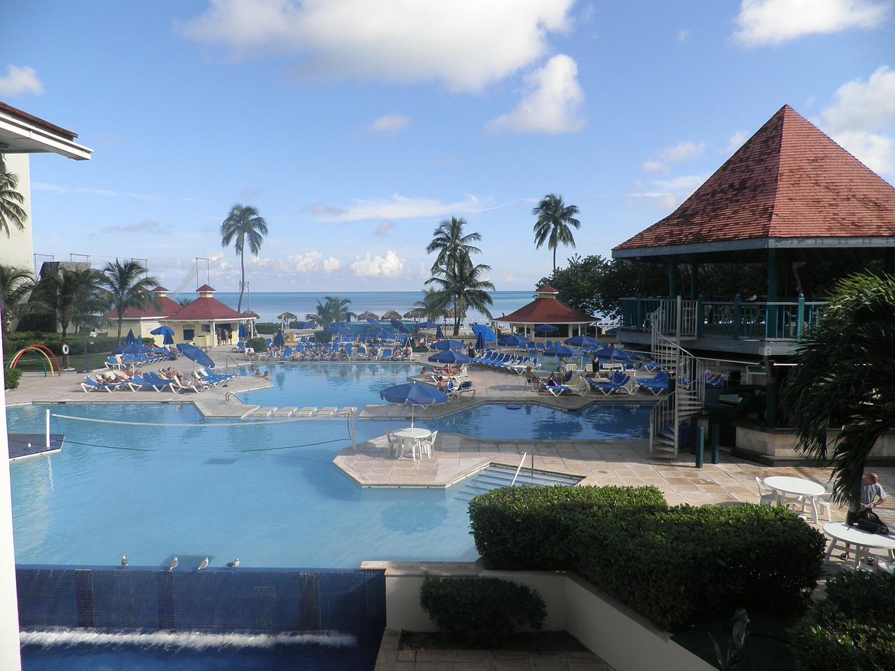 pool-115850_1280
